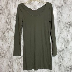Double Zero Long sleeve green thermal style top